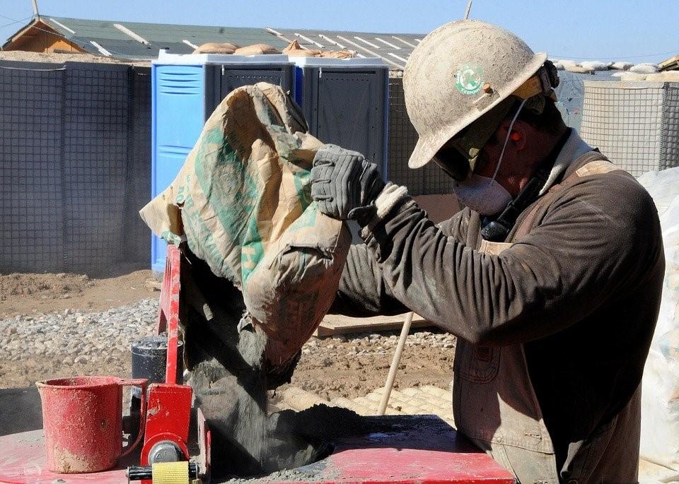 ¿Cómo prevenir la fisuración del hormigón?